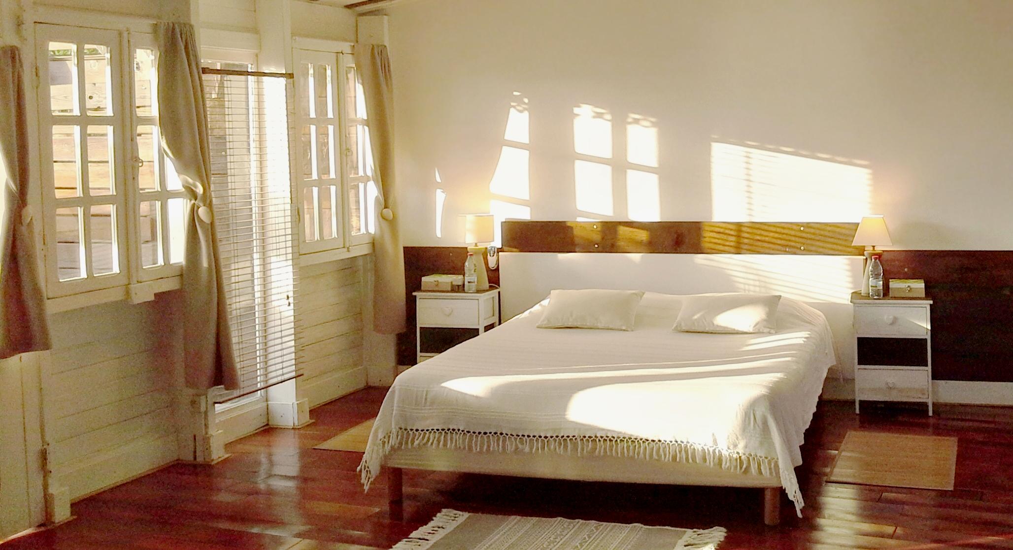 chambre-confortable-la-maison-claire
