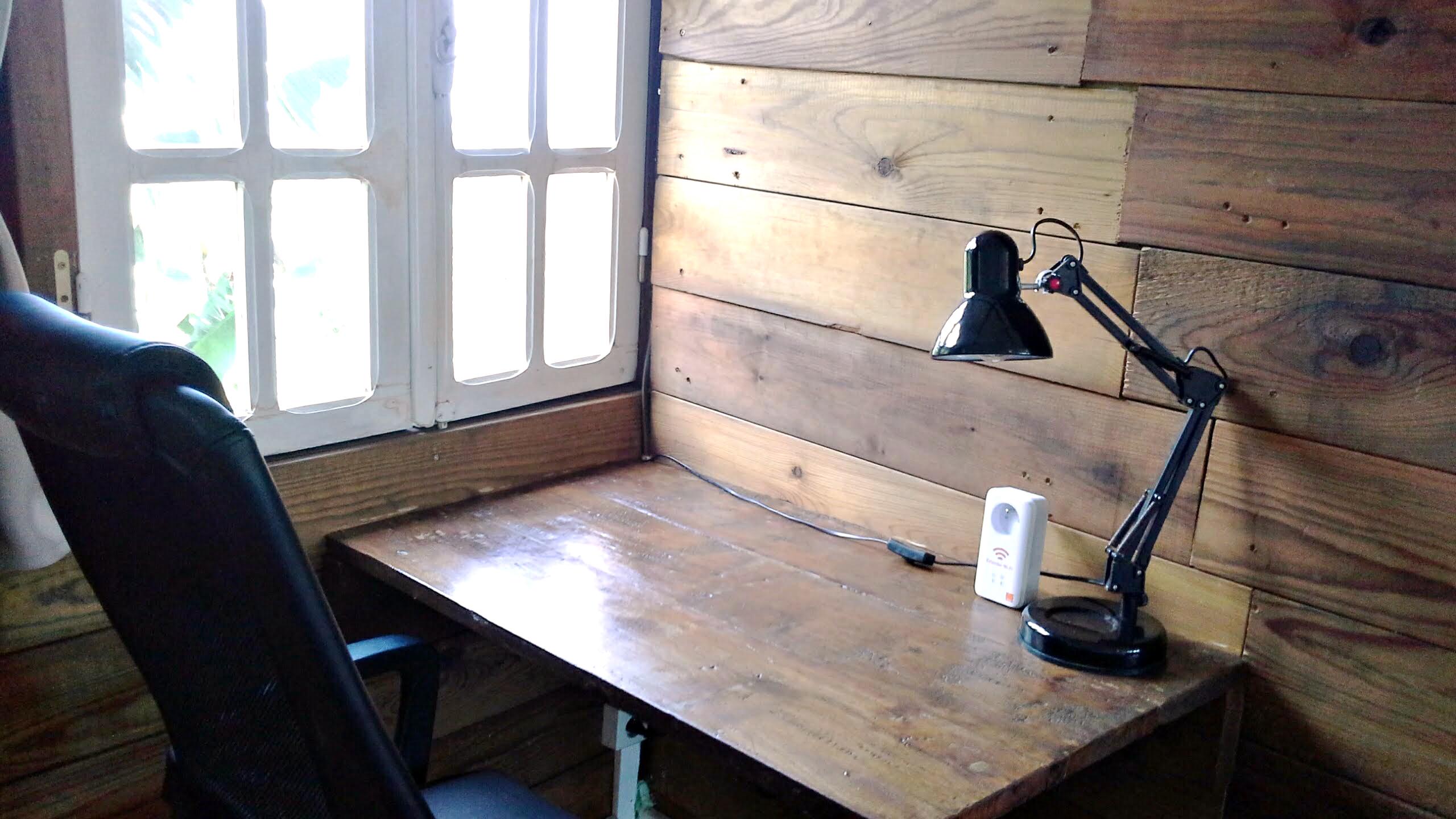 coin-bureau-la-maison-claire
