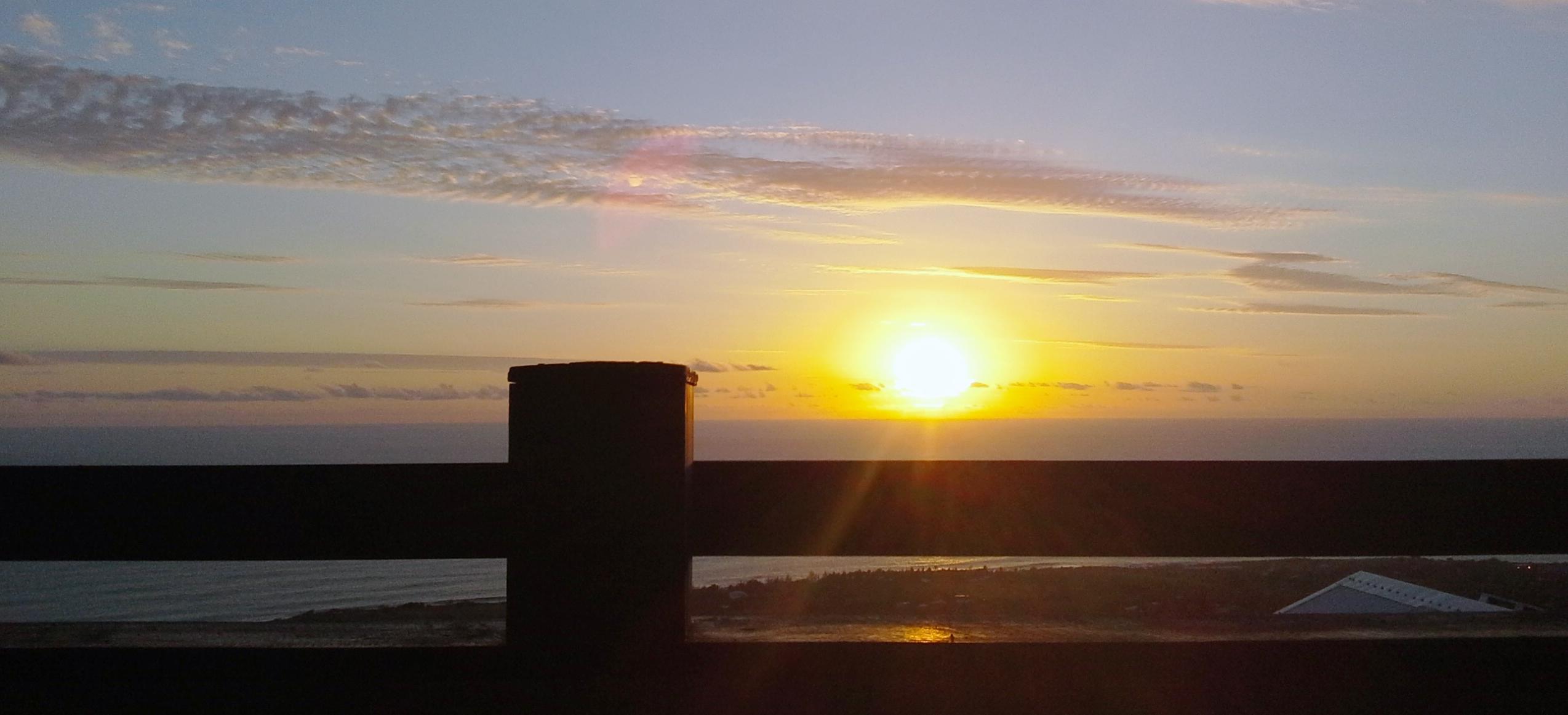 coucher-de-soleil-la-maison-claire