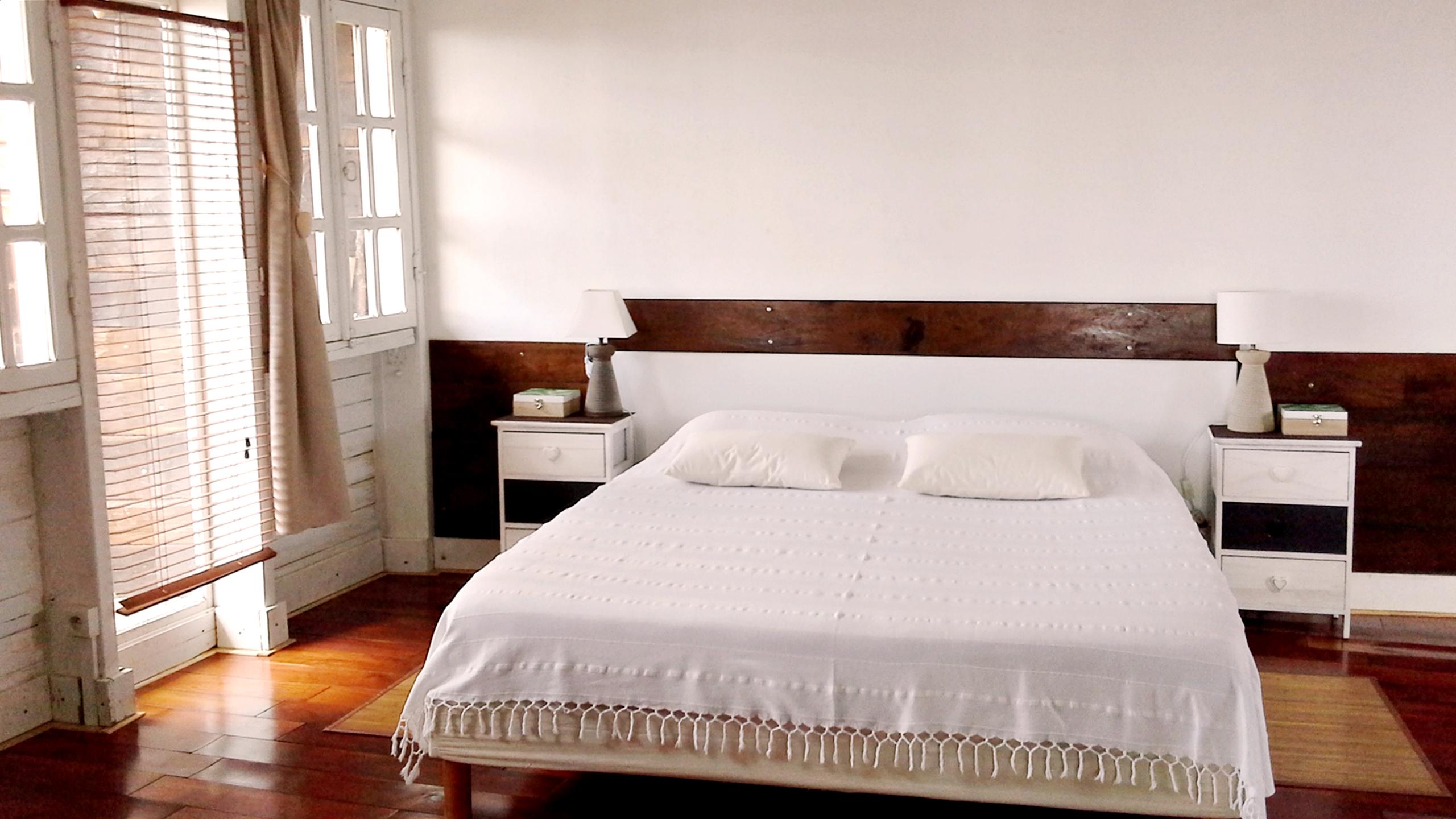 lit-confortable-la-maison-claire